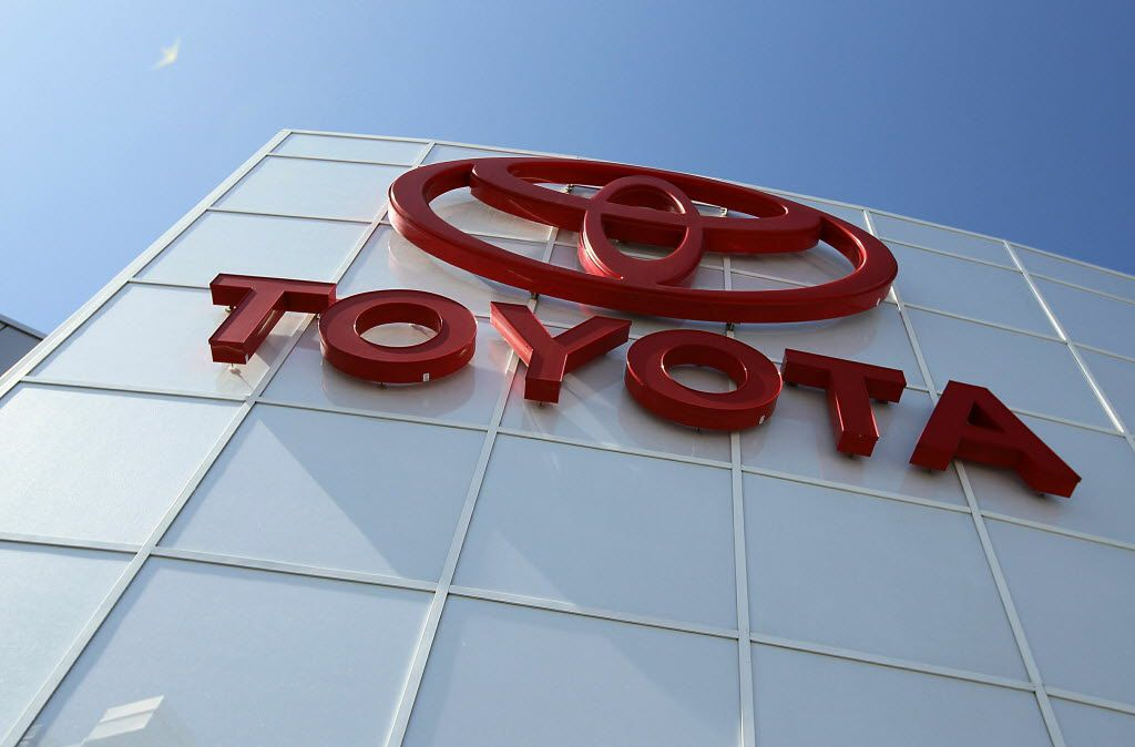 ORG XMIT: 98881597 DALY CITY, CA - MAY 11:  The Toyota logo is displayed on the exterior of City Toyota May 11, 2010 in Daly City, California. Despite massive recalls of Toyota cars and trucks, Toyota reported a fiscal year profit of $2.2 billion.  (Photo by Justin Sullivan/Getty Images)