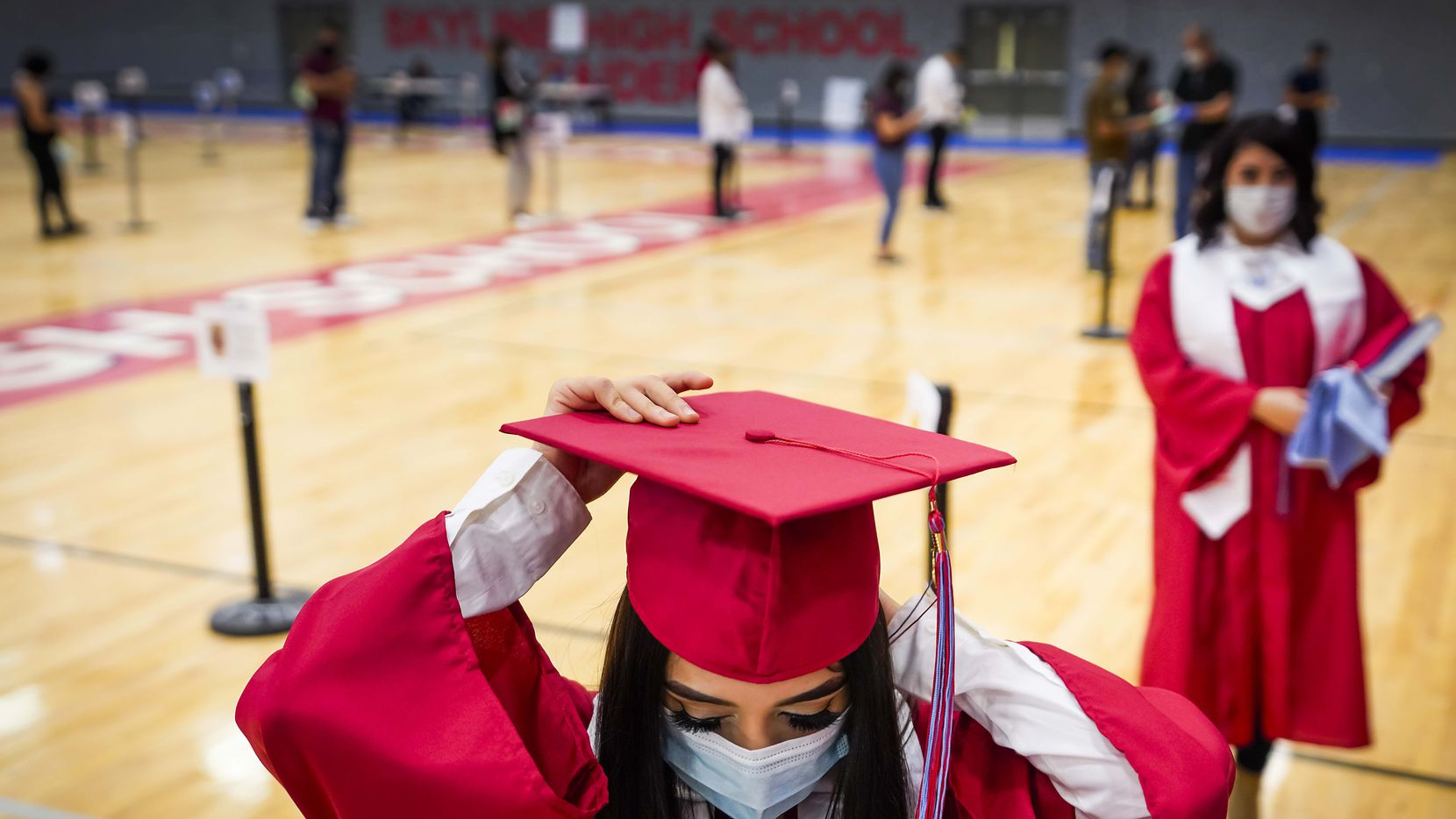 As college enrollment is on the decline, Future Focused Texas provides resources for school counselors to help their students graduate and enroll in college.