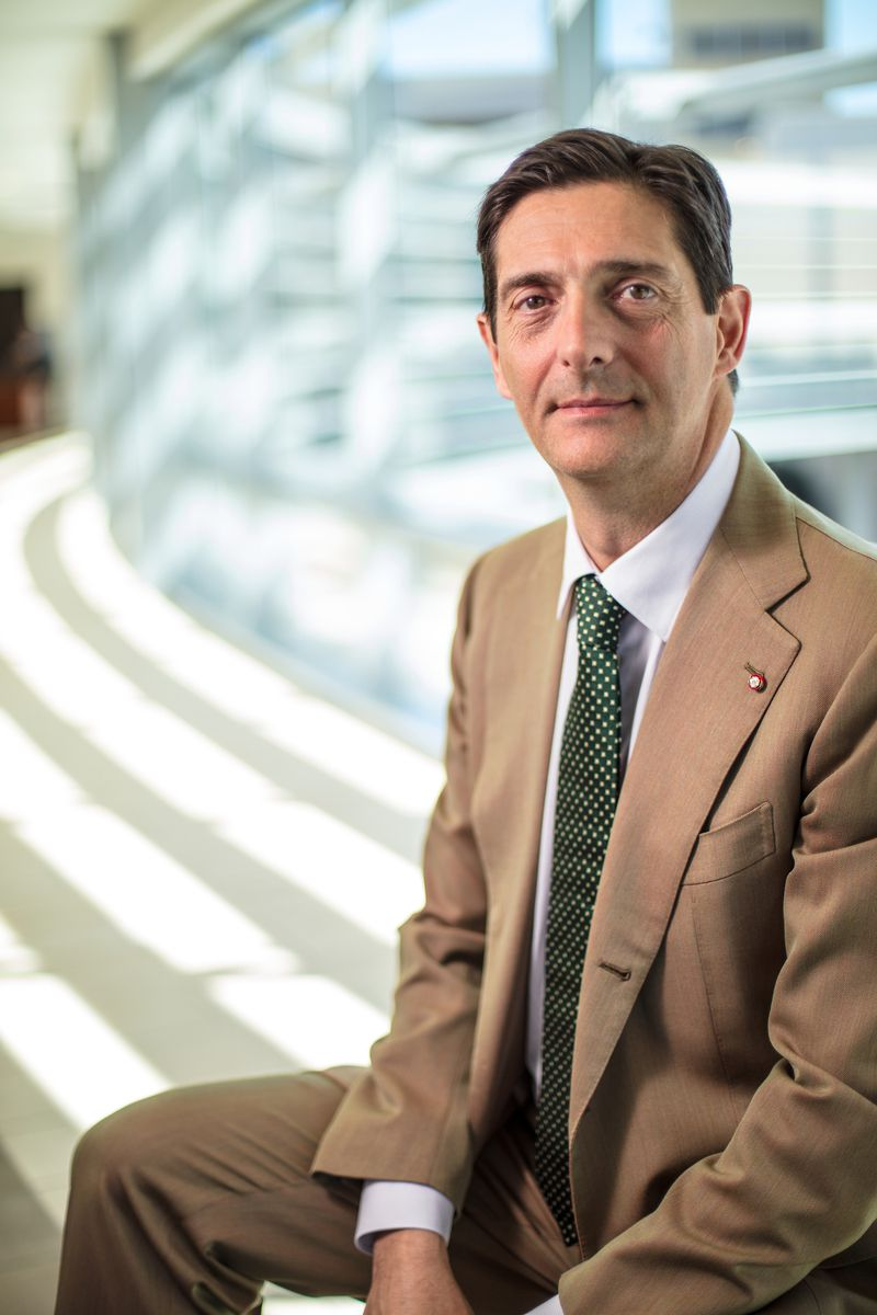 Dr. Giuliano Testa