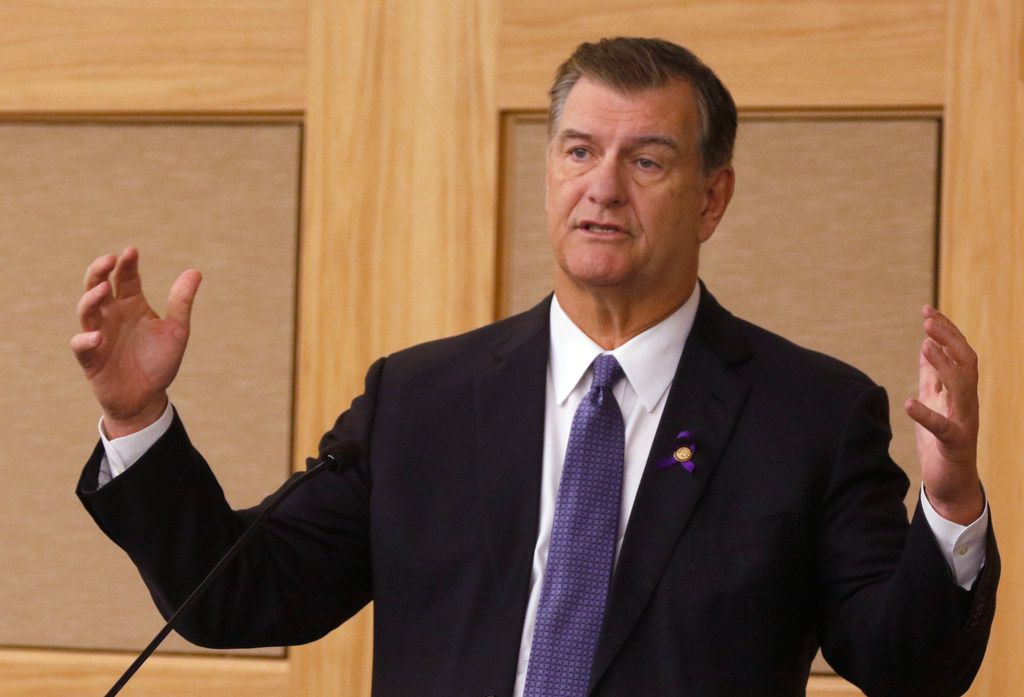 Dallas Mayor Mike Rawlings speaks at the Cities, Suburbs, and the New American Symposium at SMU on Thursday.
