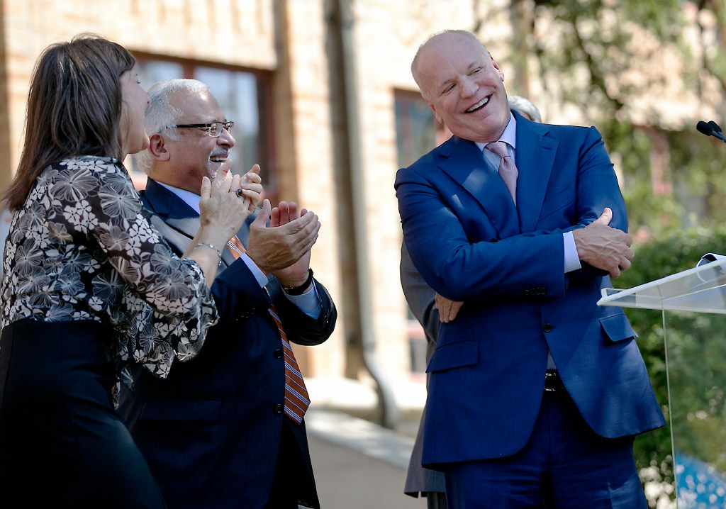 USE THIS PHOTO ON A1  University of Texas System Regent Steve Hicks has gifted $25 million to the School of Social Work in a celebration ceremony in front of the school on campus Wednesday afternoon September 6, 2017. He shies away from the applause after the announcement is made.