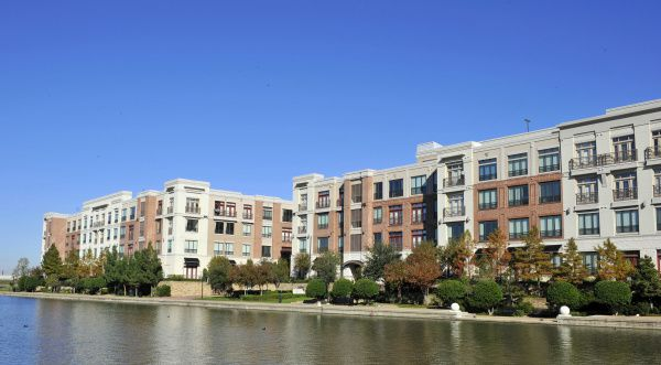The Windsor at Las Colinas apartment in Irving are located in the Las Colinas Urban Center.