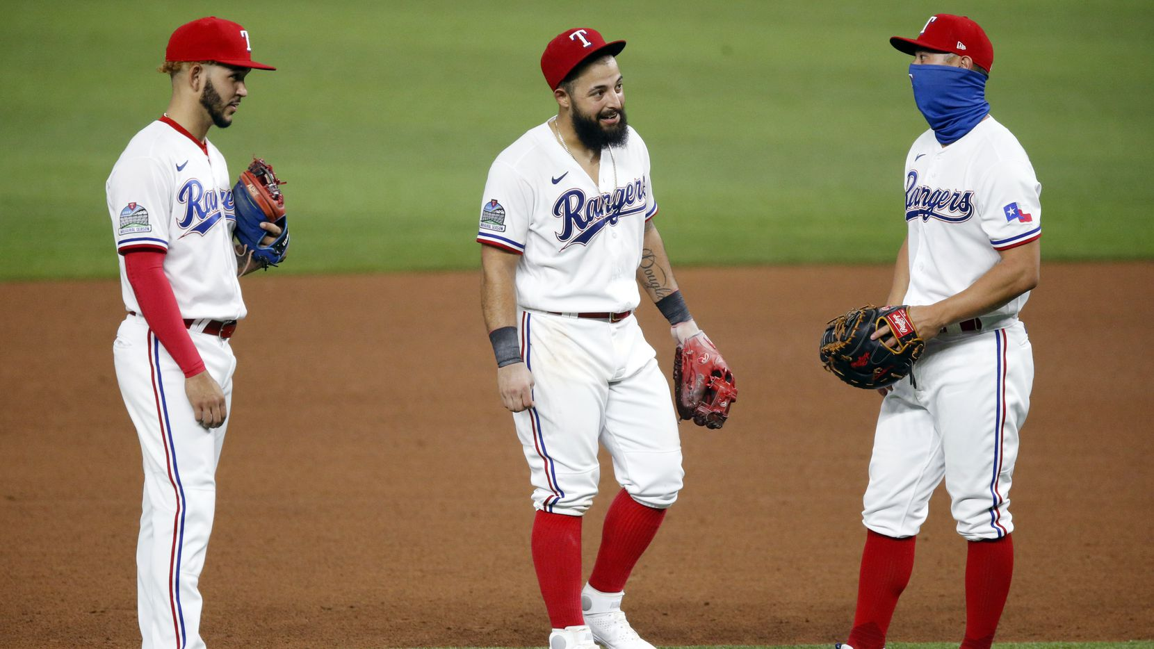Why the writing may be on the wall for slumping Rangers Rougned Odor, Elvis  Andrus