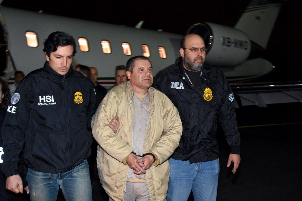 Joaquín El Chapo Guzmán a su llegada a Ronkonkoma, N.Y./ AP