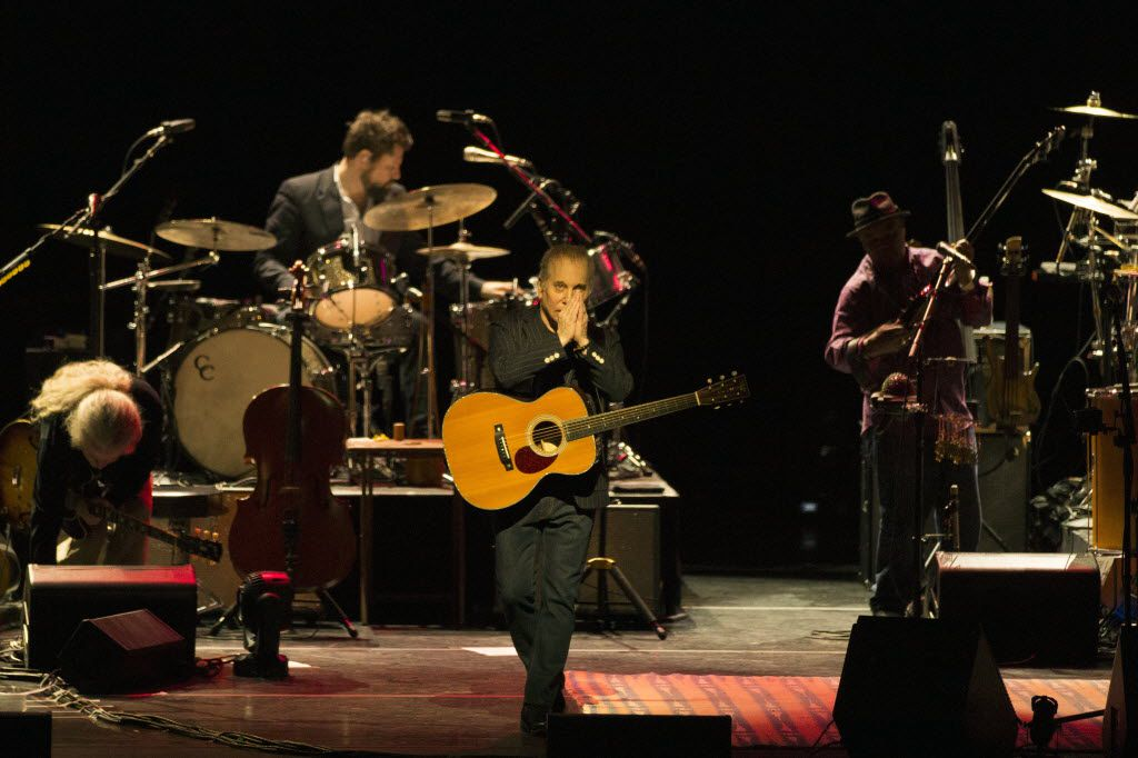 Paul Simon acknowledges the audience at Winspear Opera House in Dallas, Texas, Sunday, May 8, 2016. (Allison Slomowitz/ Special Contributor)