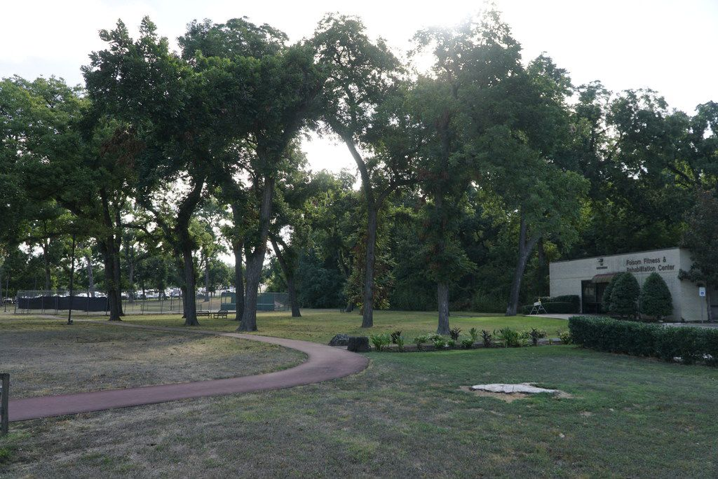 A portion of the pecan grove and green space on the northern edge of Methodist Dallas Medical Center and has long served as a buffer between the hospital and the adjacent residential neighborhoods.
