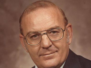 Former Mesquite Mayor Bob Beard has died, the city announced.