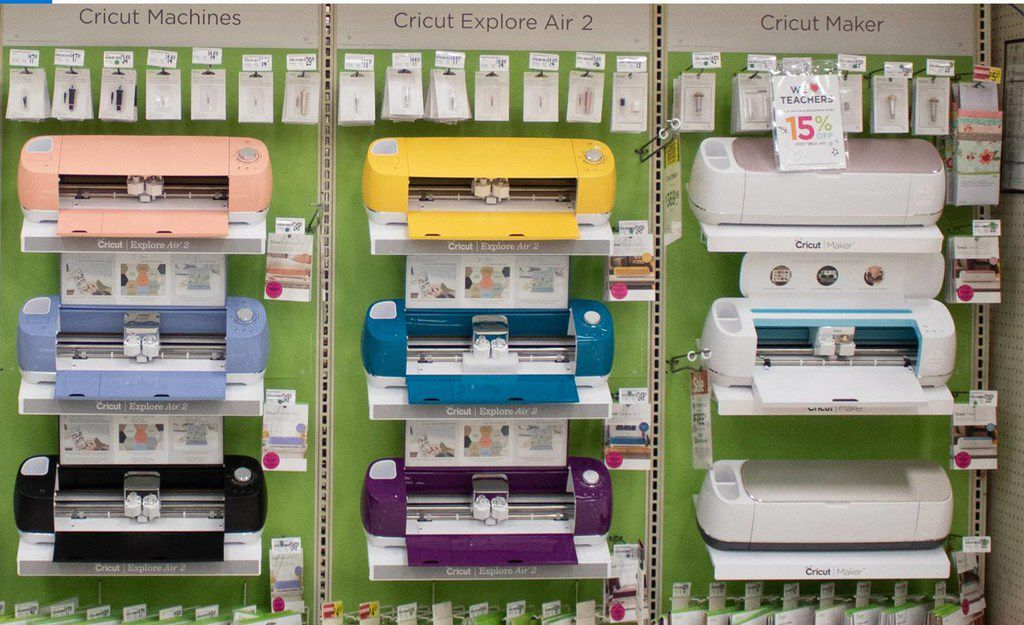 The Irving-based chain of Michaels arts and crafts is devoting more space in its stores for DIY technology.