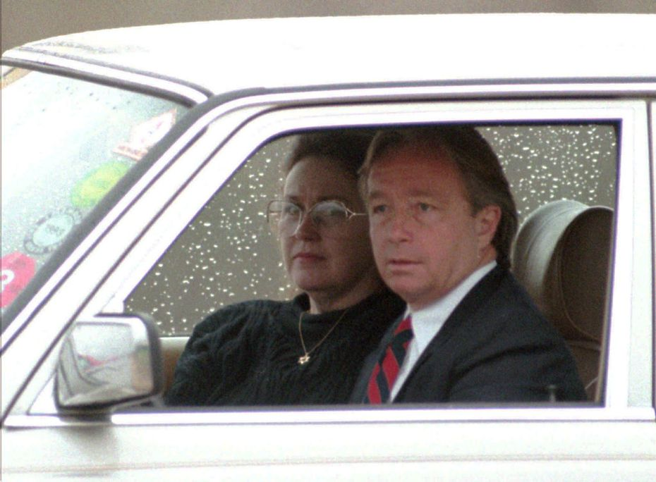 Bonnie  Haldeman, the mother of David Koresh, with attorney Dick  DeGuerin at a check point outside the Branch Davidian compound.