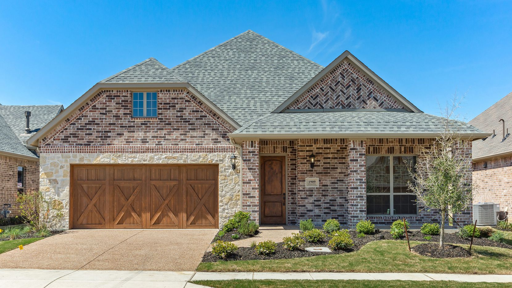 Special incentives are offered on the final move-in-ready homes in Orchard Flower, a 55-plus DFW community.