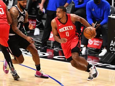 LOS ANGELES, CA - APRIL 09: Houston Rockets Guard Sterling Brown (0) drives to the basket during a NBA game between the Houston Rockets and the Los Angeles Clippers on April 9, 2021 at STAPLES Center in Los Angeles, CA.