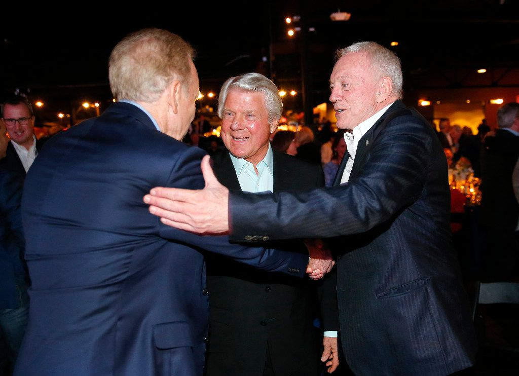 Dallas Cowboys owner Jerry Jones (right) and his former Super Bowl winning coach Jimmy Johnson (center) greet former quarterback Roger Staubach following the 25th Anniversary of the Dallas Cowboys Super Bowl XXVII at Gilley's in Dallas. (Tom Fox/The Dallas Morning News)
