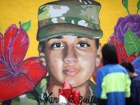 Un mural en homenaje a Vanessa Guillén, la joven soldado de Fort Hood desaparecida y asesinada, fue pintado el fin de semana en Fort Worth, en las calles W. Ripy St. y Hemphill St. Juan Velázquez es el autor de la obra.
