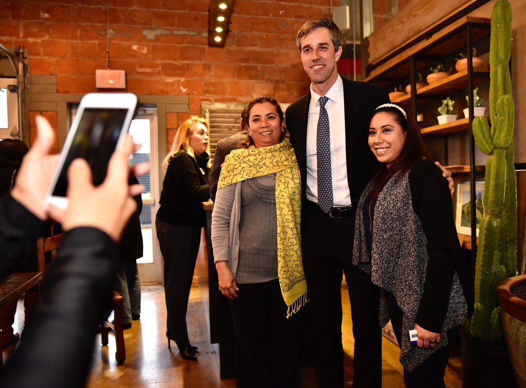 Ana Diaz (left) and her daughter Ana Diaz with Democratic Senate candidate Beto O'Rourke in Oak Cliff on Feb. 23, 2018.