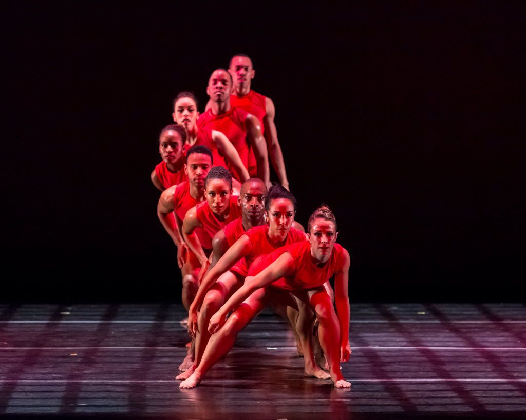 Dallas Black Dance Theatre performs Bruce Wood's Red at a dress rehearsal.(Sharen Bradford/The Dancing Image)
