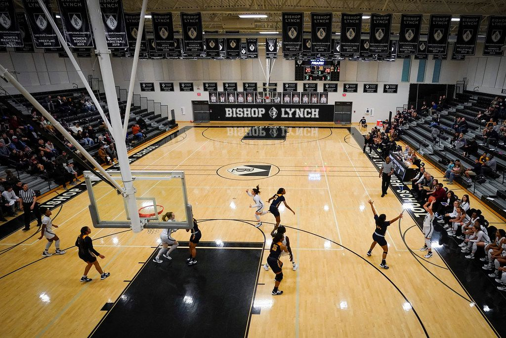 Bishop Lynch faces Prestonwood Christian in during a TAPPS 2-6A high school girls basketball game on Friday, Feb. 7, 2020, in Dallas. Bishop Lynch won the game 59-54. (Smiley N. Pool/The Dallas Morning News)