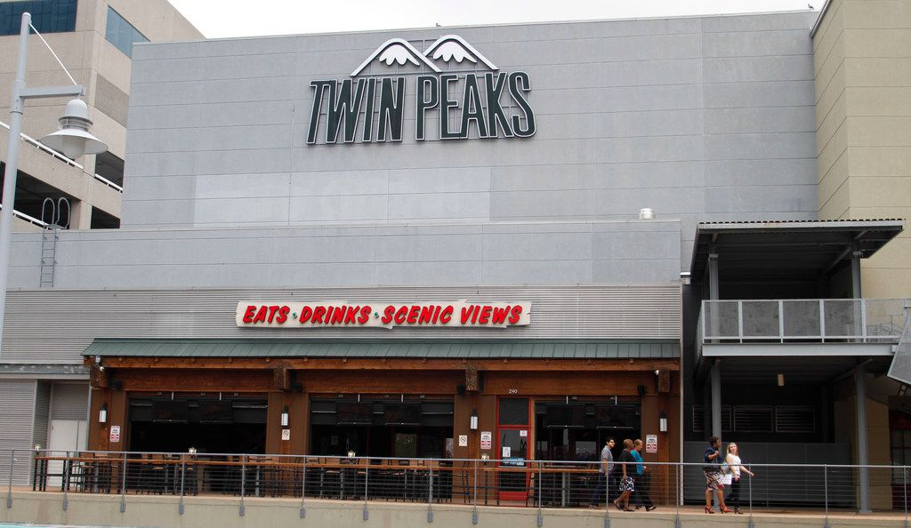 Twin Peaks plans to open eight restaurants in Mexico City.