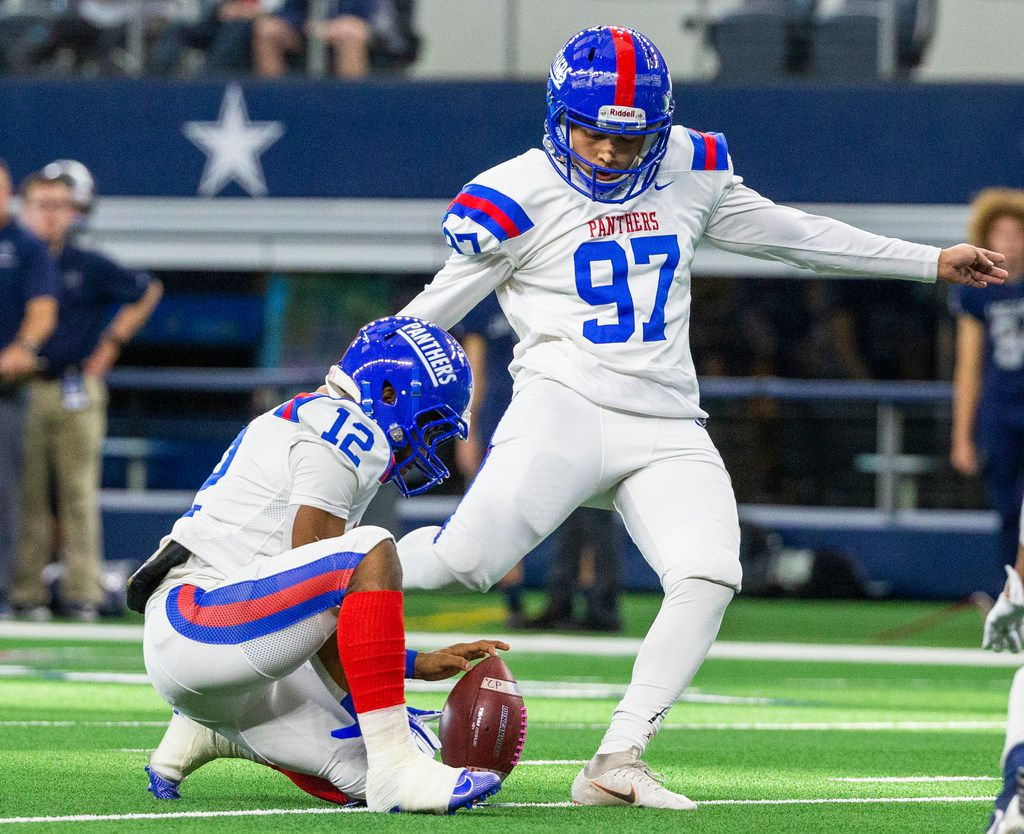 Duncanville kicker Ulises Lara (97) kicks the ball for a field goal against Flower Mound during the Class 6A Division I area-round high school football playoff game at the AT&T Stadium in Arlington, Texas, on Saturday, November 23, 2019. (Lynda M. Gonzalez/The Dallas Morning News)