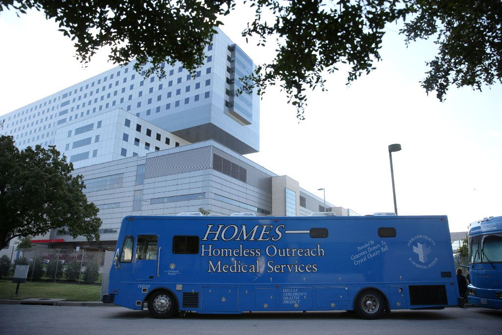 Parkland Memorial Hospital's mobile clinic, which is a part of its Homeless Outreach Medical Services program, in Dallas on Wednesday, Oct. 19, 2016. (Rose Baca/The Dallas Morning News)