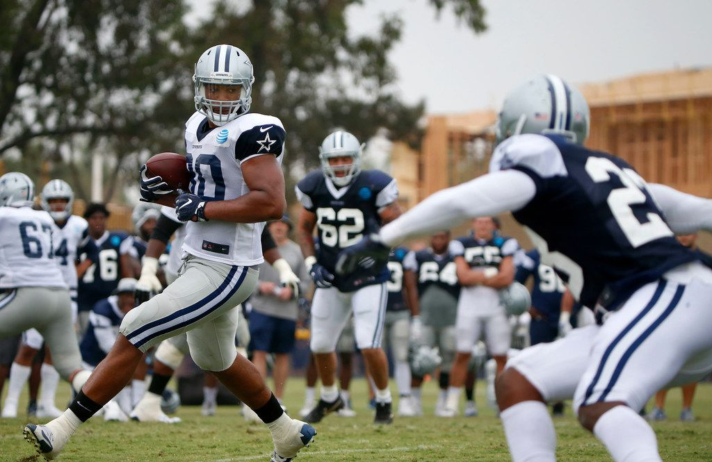 Cowboys tight end Rico Gathers (80) looks for running room after a catch during a practice at training camp in Oxnard, Calif., on Saturday, July 28, 2018. (Jae S. Lee/The Dallas Morning News)