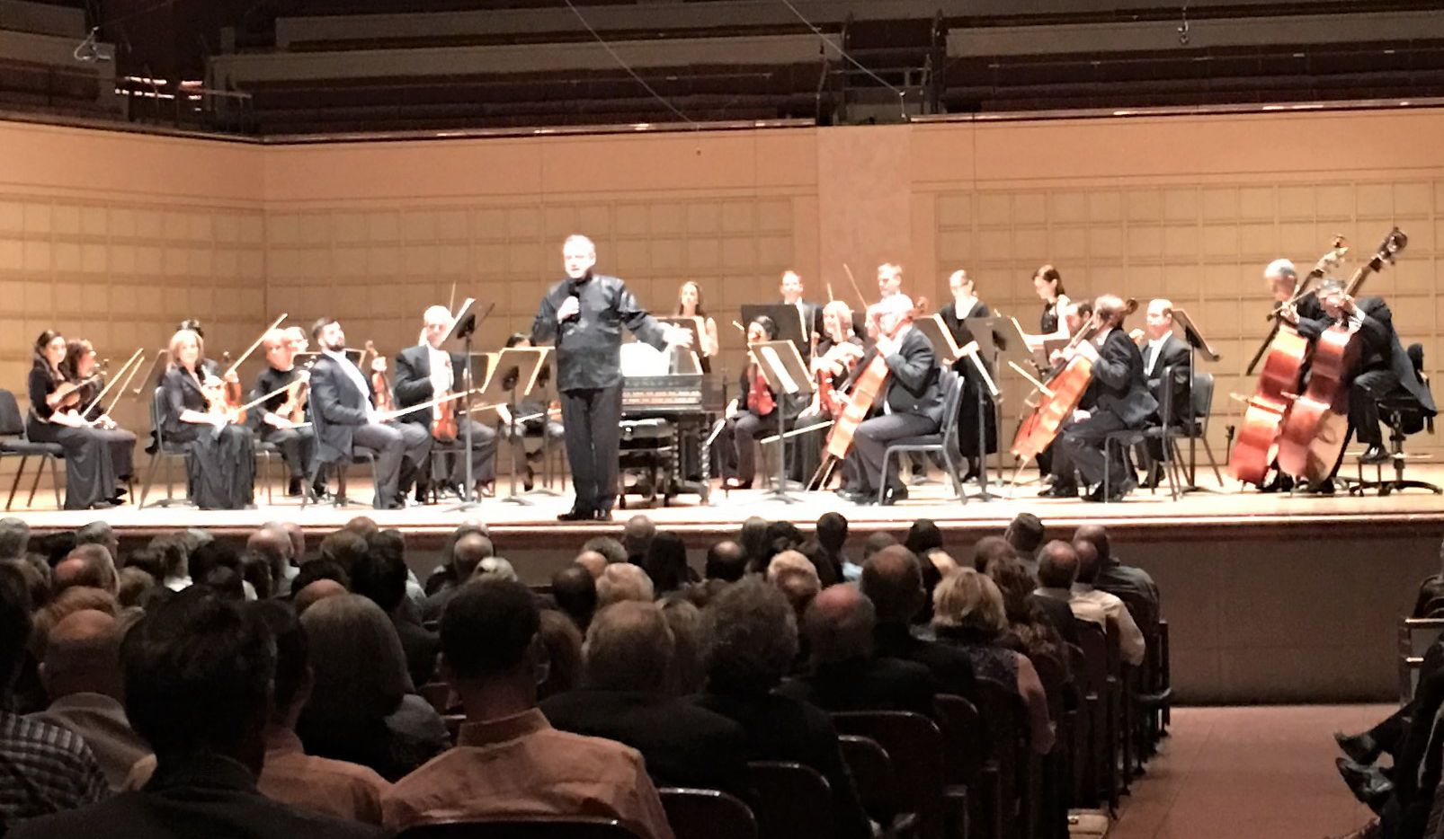 Guest conductor Richard Egarr introduces a Dallas Symphony Orchestra performance of Bach's Brandenburg Concerto No. 1 at the Meyerson Symphony Center on March 22, 2018 (Scott Cantrell/Special Contributor)