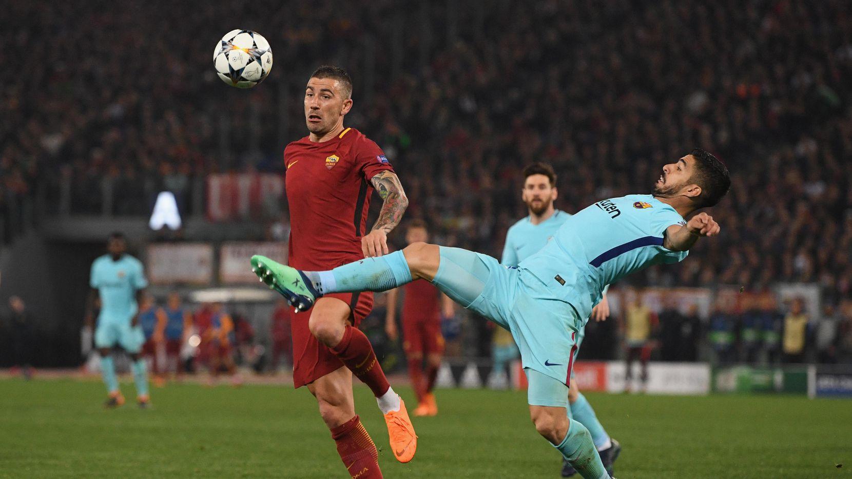 Luis Suárez (der.) y el Barcelona se enfrentarán a la Roma el 31 de julio en el AT&T Stadium. (Getty Images/Michael Regan)