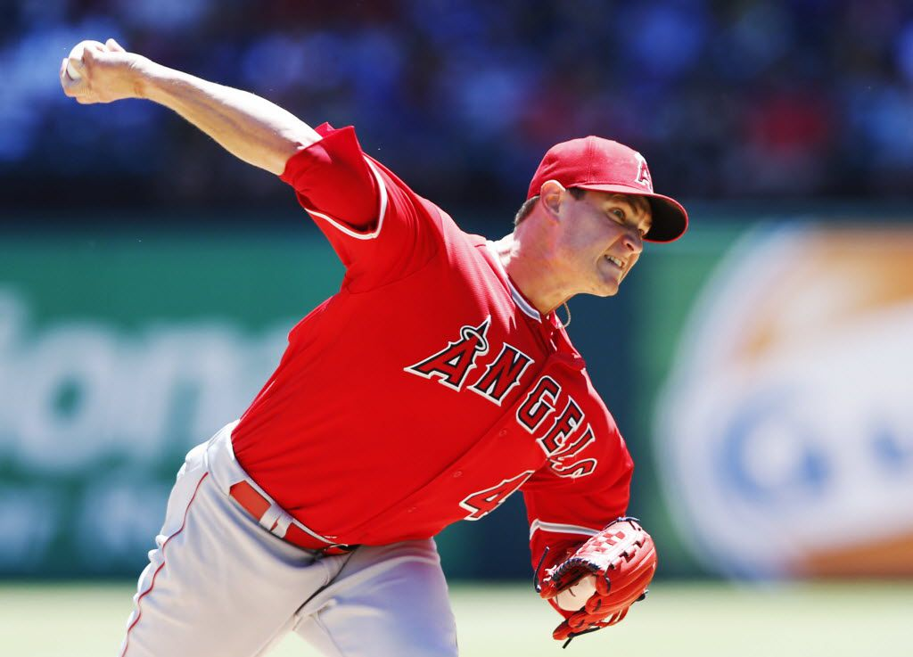 Los Angeles Angels starting pitcher Garrett Richards (43) pitches in a game against the Texas Rangers during the first inning of play at Globe Life Park in Arlington, on Sunday, May 1, 2016.  (Vernon Bryant/The Dallas Morning News)