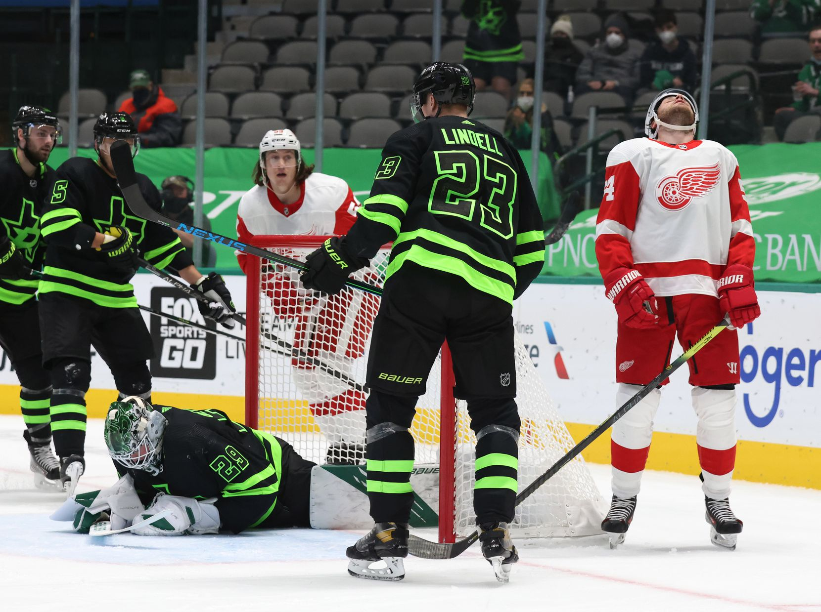 Detroit Red Wings right wing Bobby Ryan (54) reacts after they nearly scored as Dallas Stars goaltender Jake Oettinger (29) secures the puck during the second period of play at American Airlines Center on Thursday, January 28, 2021in Dallas. (Vernon Bryant/The Dallas Morning News)
