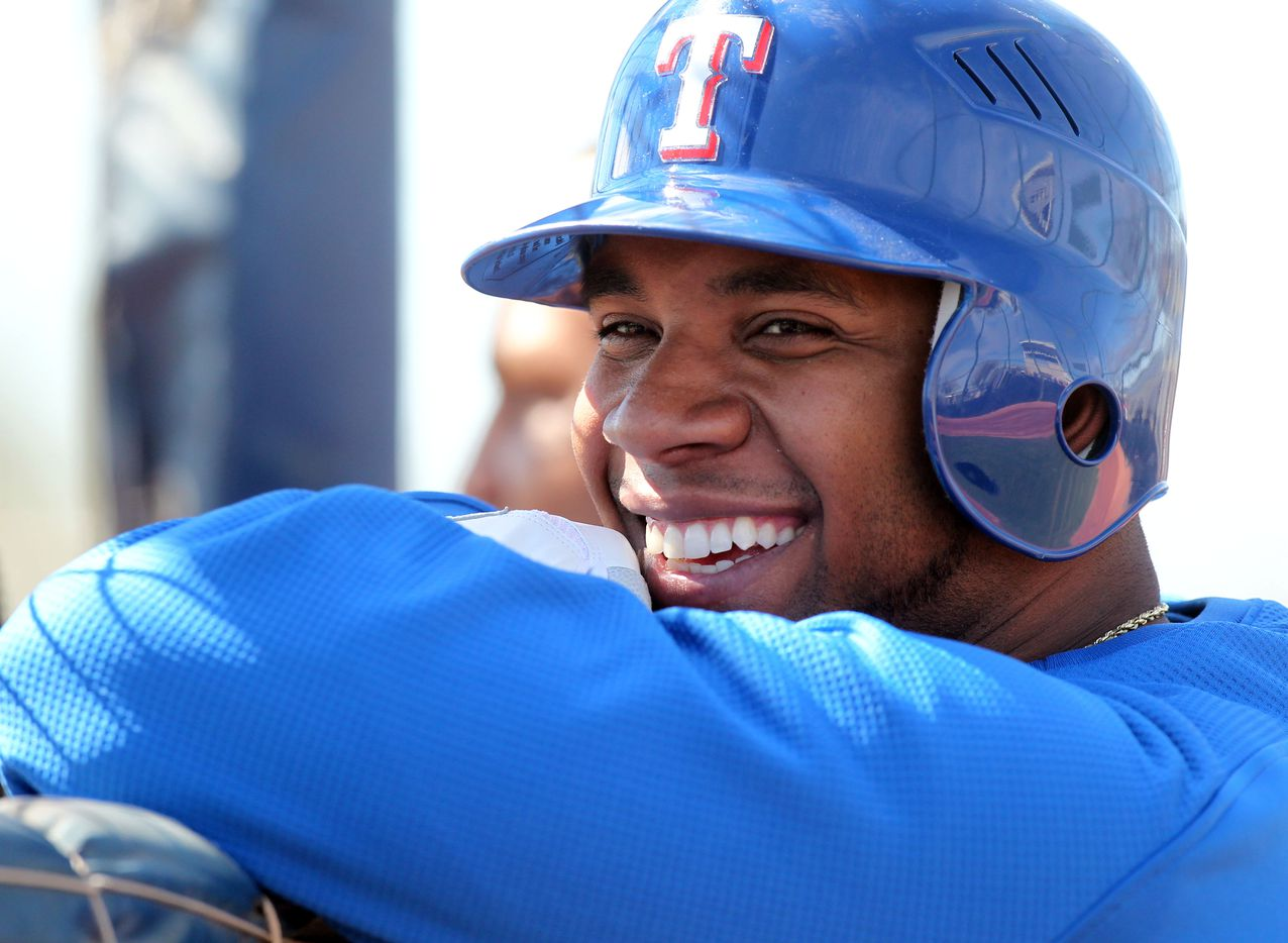 Texas Rangers shortstop Elvis Andrus (1) during Texas Rangers Spring Training at their training site in Surprise, AZ, on February 21, 2011.  (Michael Ainsworth/The Dallas Morning News) 02222011xSPORTS