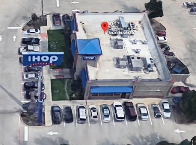 Una imagen de Google Maps del IHOP de Lancaster donde ocurrió el incidente.