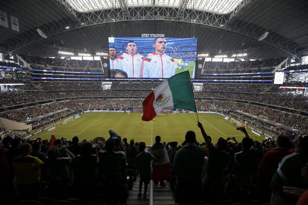 El comportamiento de los aficionados mexicanos está poniendo en riesgo la relación entre el Norte de Texas y el Tri.