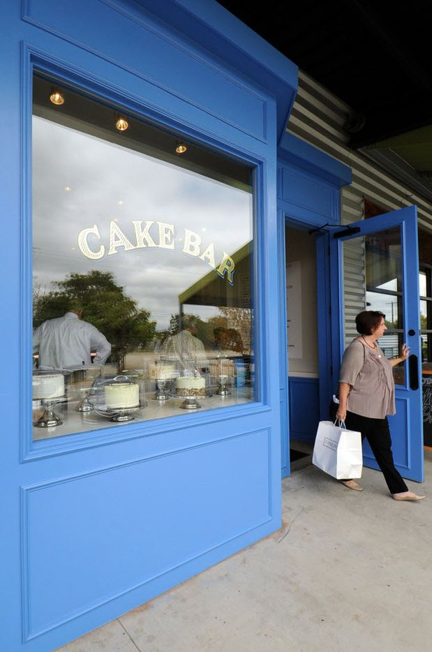 Cake Bar offers homemade cakes, a variety of pound cakes, quick breads, cookies and ice cream.