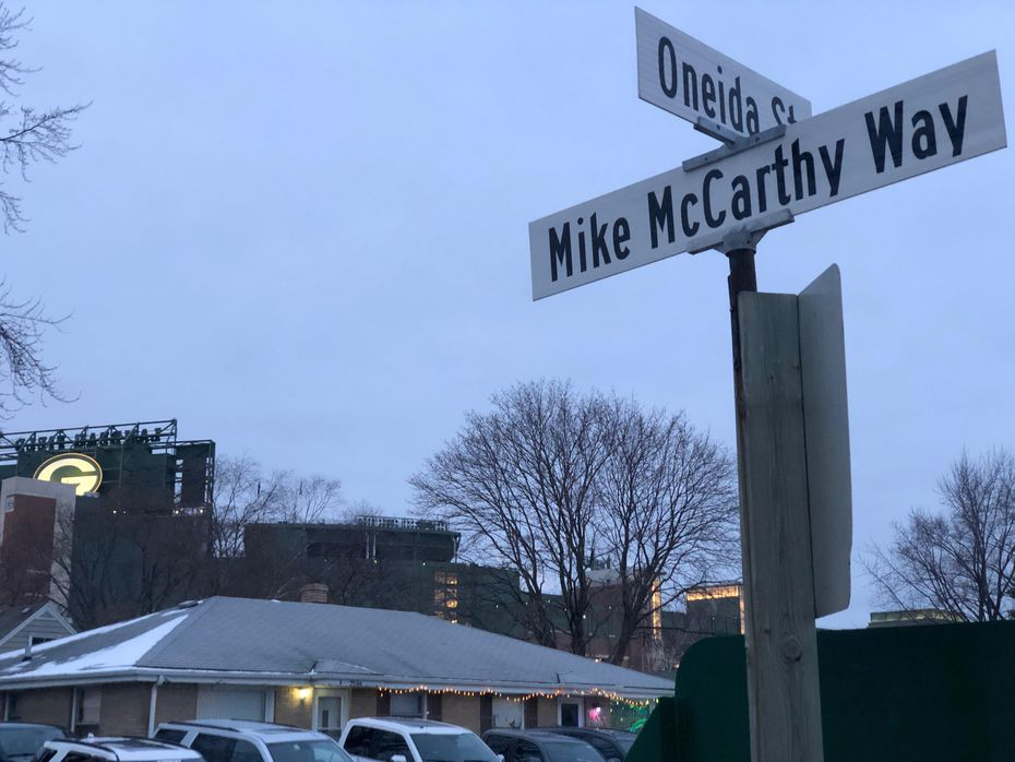 Mike McCarthy Way sits within earshot of Lambeau Field just southeast of the stadium. Businesses such as Williams Auto Body, Soap Products and Green Bay Distillery share the road.