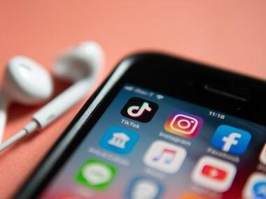 La propuesta de Donald Trump de prohibir el uso de las apps TikTok y WeChat entrará en vigor el domingo.