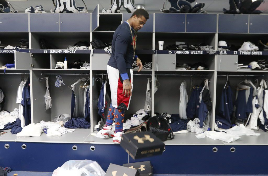 Defensive end Greg Hardy, who becomes a free agent this offseason, cleans out his locker at Dallas Cowboys headquarters in Irving on January 4, 2016. The Cowboys played their final game on Sunday at AT&T Stadium finishing with a 4-12 record. (David Woo/The Dallas Morning News)