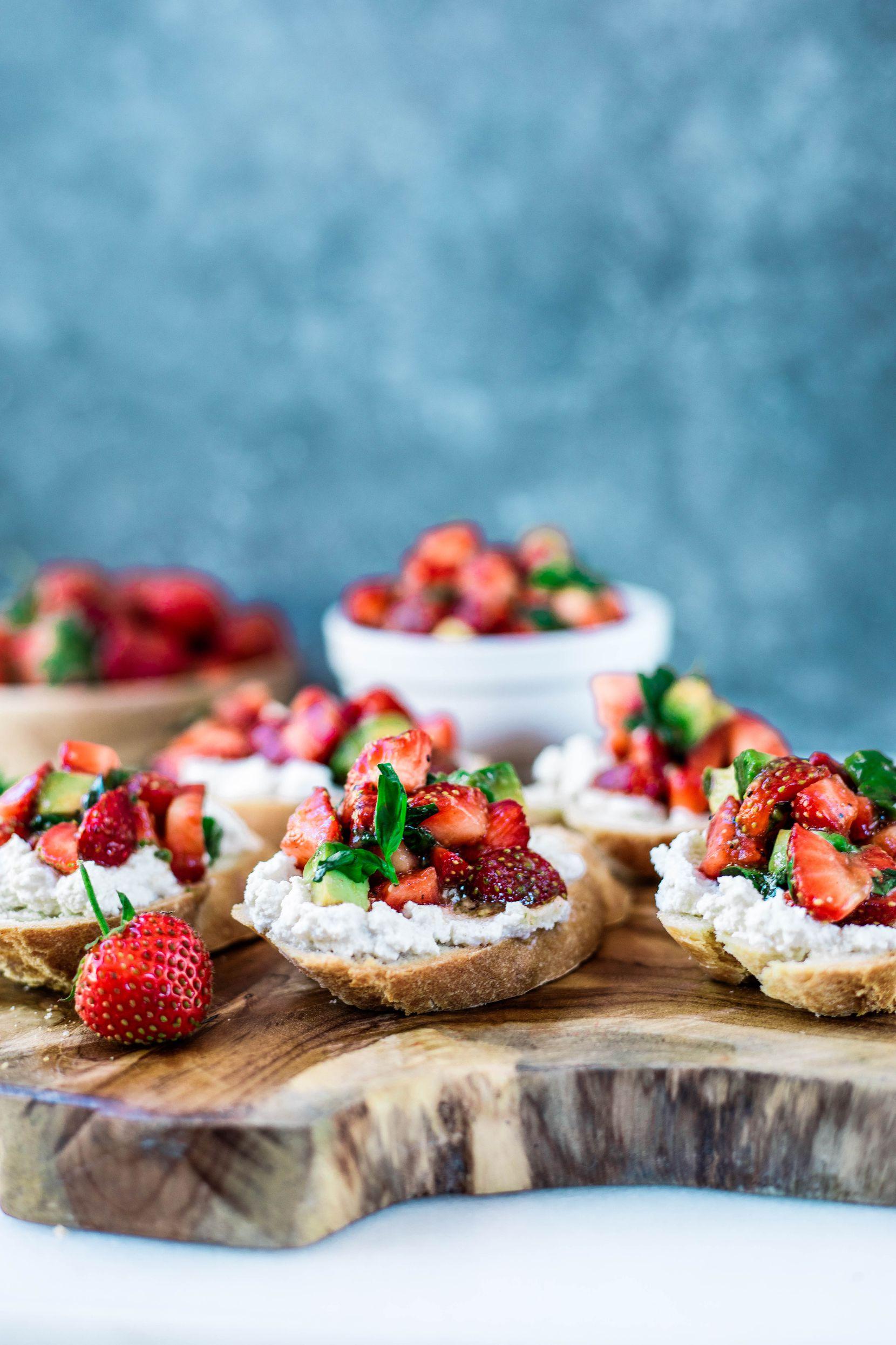 "Strawberry-Basil Balsamic Bruschetta features ""ricotta"" made from macadamia nuts."