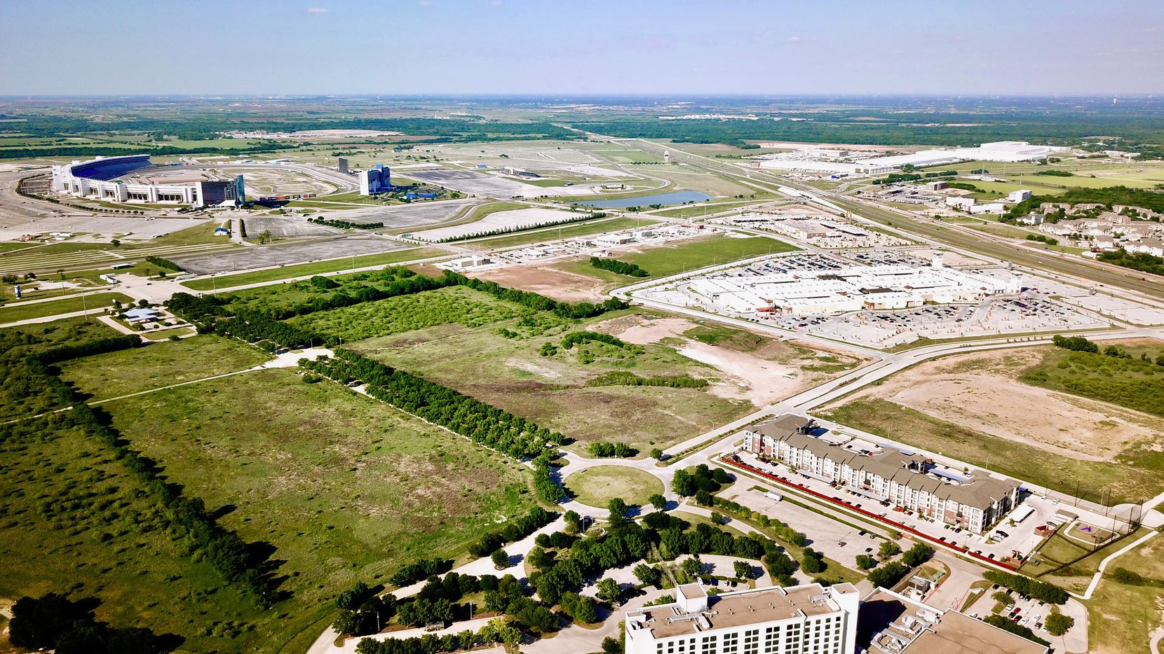 Dallas developer KDC is planning a new office campus in the 500-acre Champions Circle development in North Fort Worth.