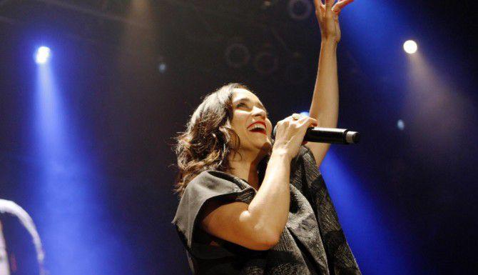 Julieta Venegas durante su presentación en Dallas el domingo. BEN TORRES/ESPECIAL PARA AL DÍA