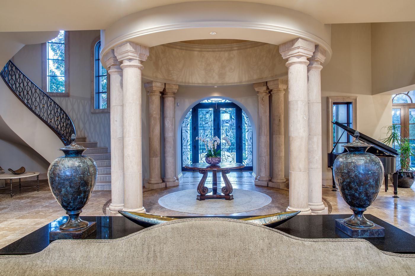 The estate sold for one of the highest prices ever in Tarrant County.