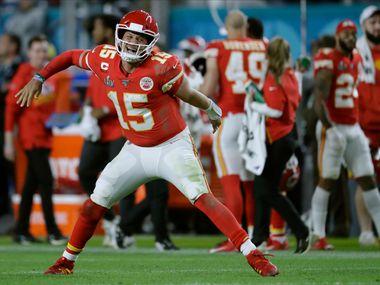 El quarterback de los Chiefs de Kansas City, Patrick Mahomes, busca ganar su segundo Super Bowl de manera consecutiva.