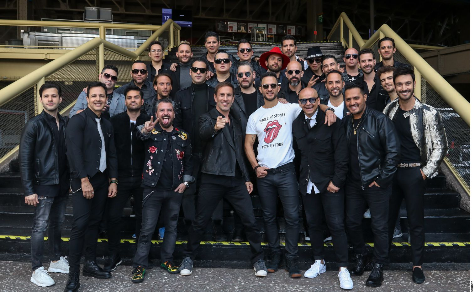 Boyband Experience, que arrancará el 20 de mayo en el Auditorio Nacional, lo integran Magneto, Mercurio, MDO, Kairo, Tierra Cero, Ragazzi, Ex Uff, M5 y Los Hijos de Sánchez.