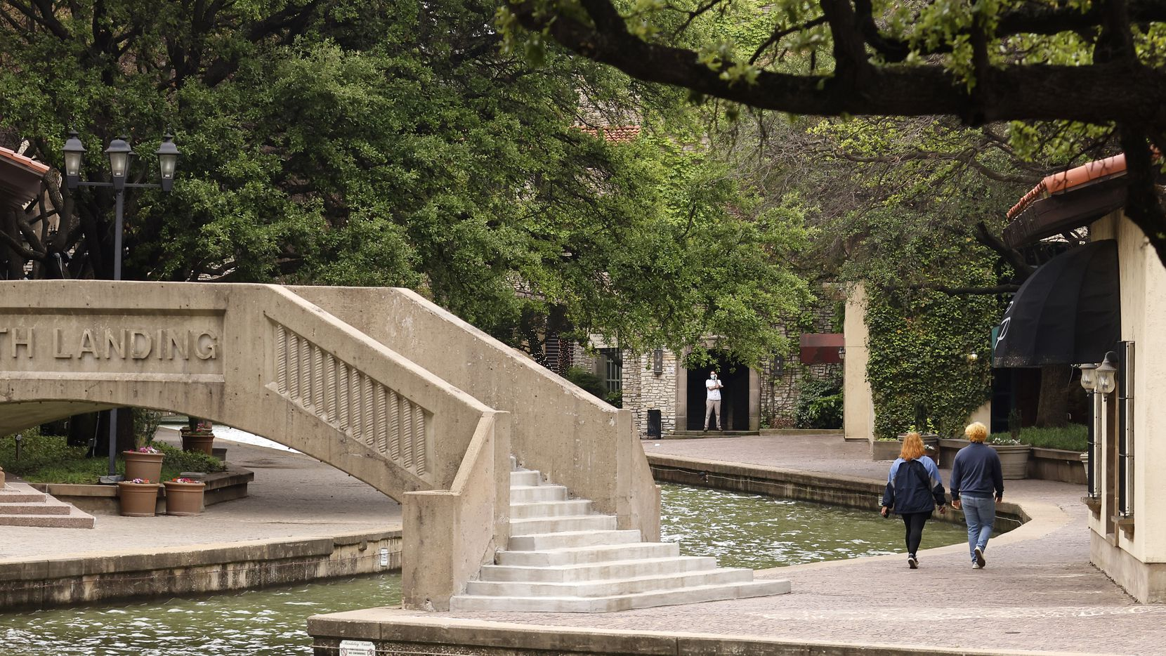 A view of the Mandalay Canal Walk at Las Colinas in Irving, Texas, Tuesday, April 27, 2021. (Tom Fox/The Dallas Morning News)
