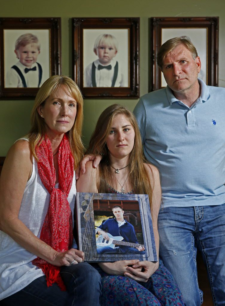 Pam Crews (left), with her husband, John Crews, and their daughter Dani, seeks answers about her son's death. (Jae S. Lee/Staff Photographer)