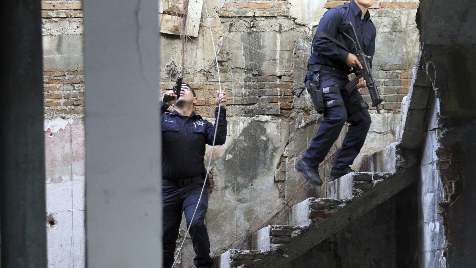 Imagen de archivo de un operativo de la policía federal de México en Acapulco en enero de 2019. (AP/Bernardino Hernandez)
