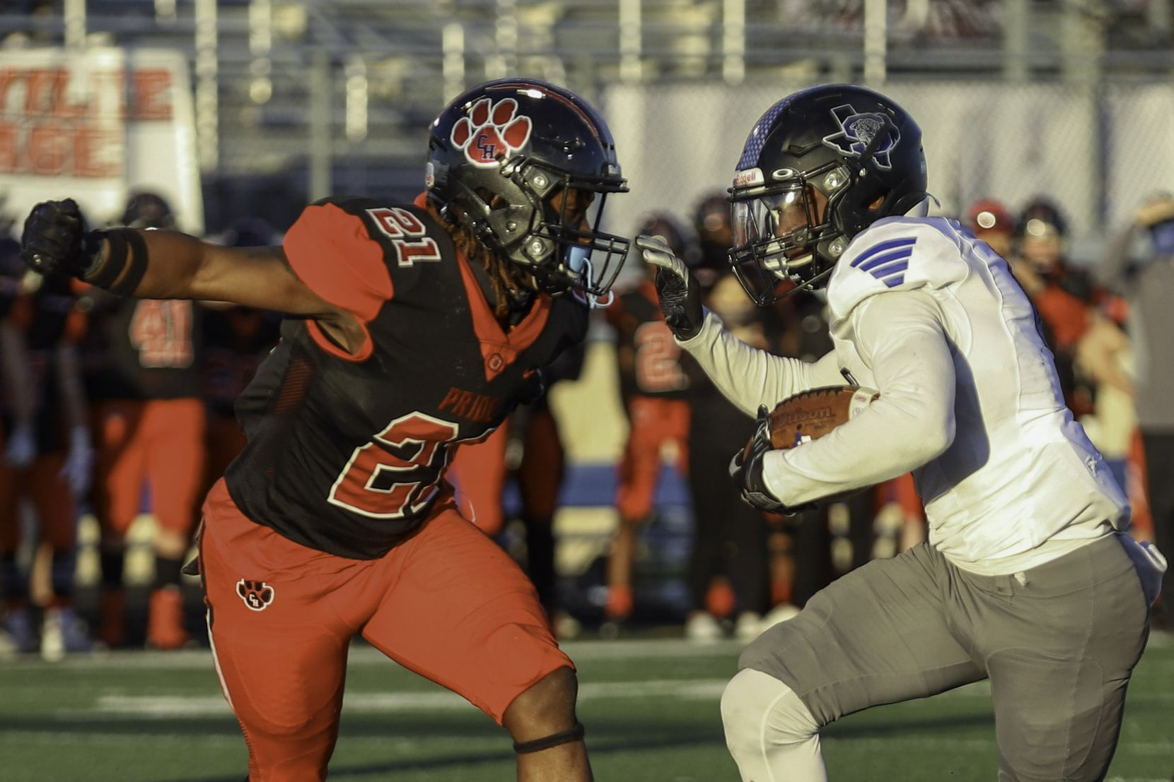 Mansfield Summit (6) running back Jaydon Lott scores a touchdown against Colleyville Heritage defensive back BJ Roney (21) during the second half at Bearcat Stadium in Aledo, Texas, Saturday, December 26, 2020. (Elias Valverde II / Special Contributor)