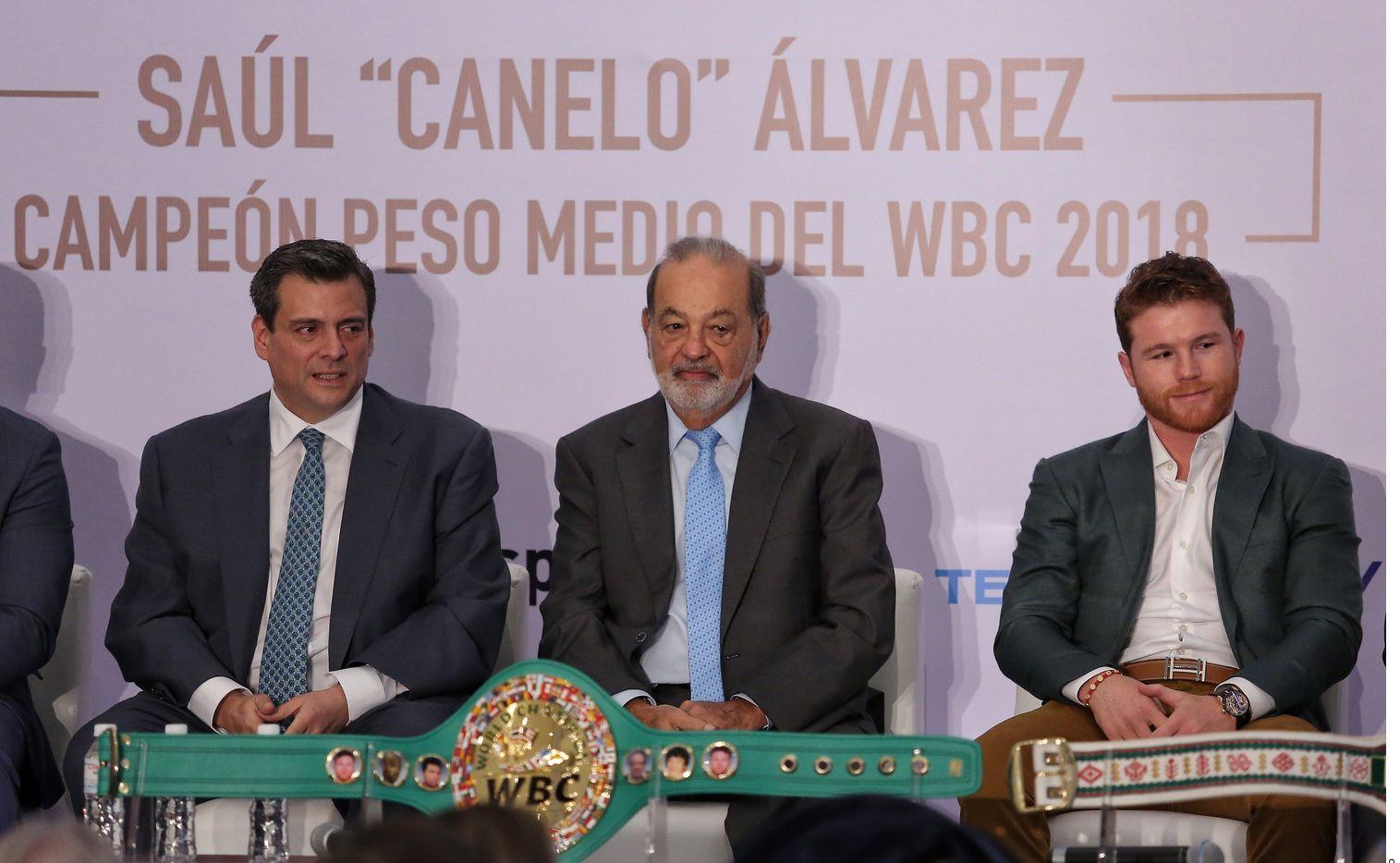 Luego de que Sergey Kovalev dijera que sabía que no estaba en condiciones y que sólo aceptó la pelea con Saúl Álvarez (der.) por dinero, el presidente del Consejo Mundial de Boxeo, lo llamó cobarde que sólo busca excusa para su derrota.