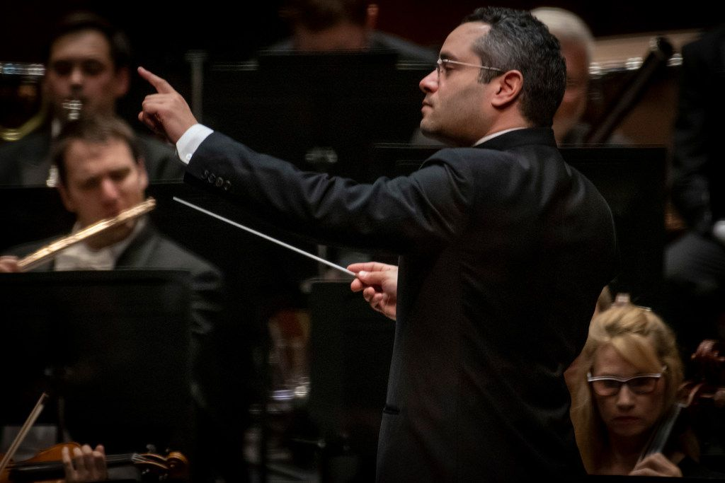 Andrew Grams conducts the Fort Worth Symphony Orchestra in Schumann's 'Hermann und Dorothea' Overture at Bass Performance Hall on February 1, 2019.