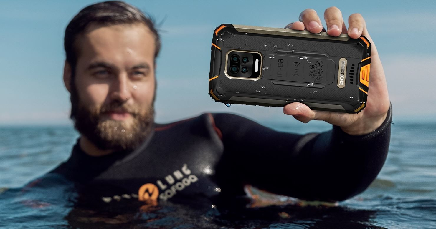 The Doogee S59 Pro can be dunked deeper than 6 feet.