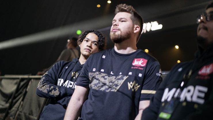 Huke (Cuyler Garland), left, and Crimsix (Ian Porter) wait for their match to begin as Dallas Empire faces Chicago Huntsmen in the Call of Duty League Launch Weekend at the Armory in Minneapolis, Minn., January 24, 2020.