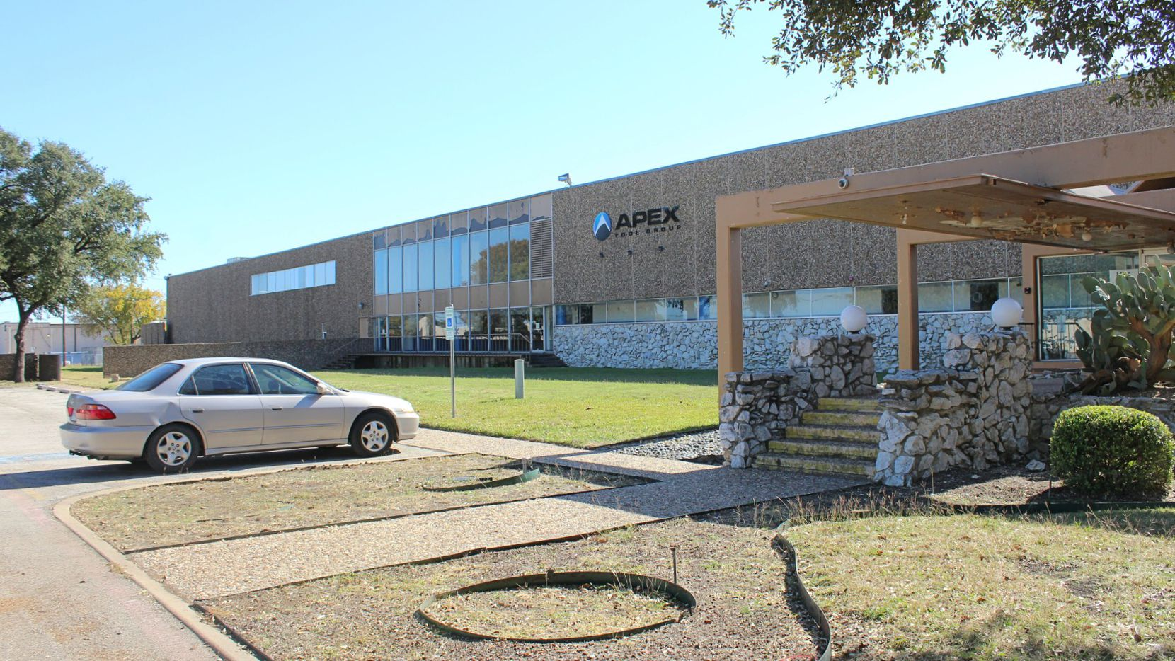 The building on Kingsley Road has been empty since Apex Tool moved out in 2015.
